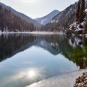 Озеро Кольсай (первое снизу)